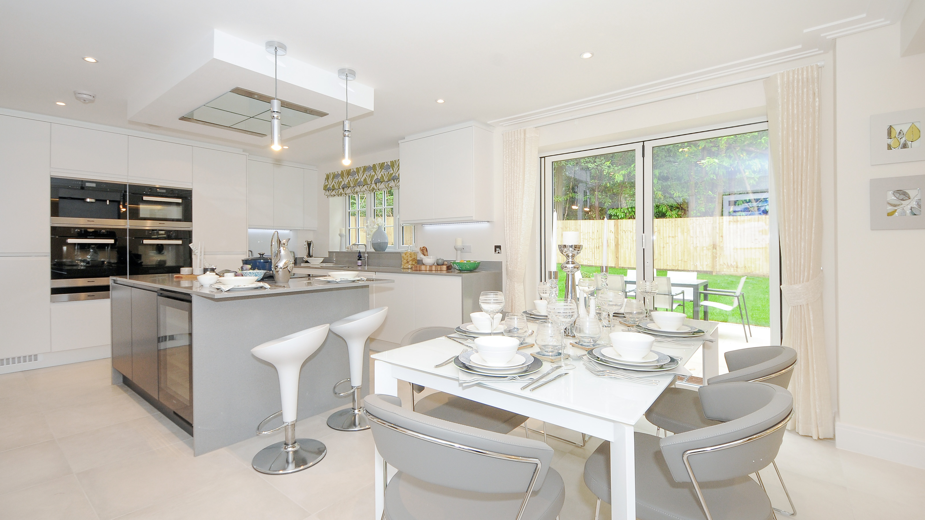 Bewley Homes launches Holcombe House Gardens